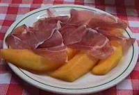 Prosciutto e melone (Parmaschinken mit Melone)